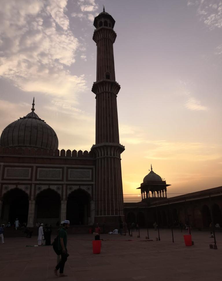 Jama Masjid, Ramzan, Ramadan, Iftar, Jama Masjid Metro Station, Incredible India, Travel Blogger, Ragini Puri, Delhi, New Delhi, Heritage, Delhi Heritage, From My Window Seat, Travel Blog,